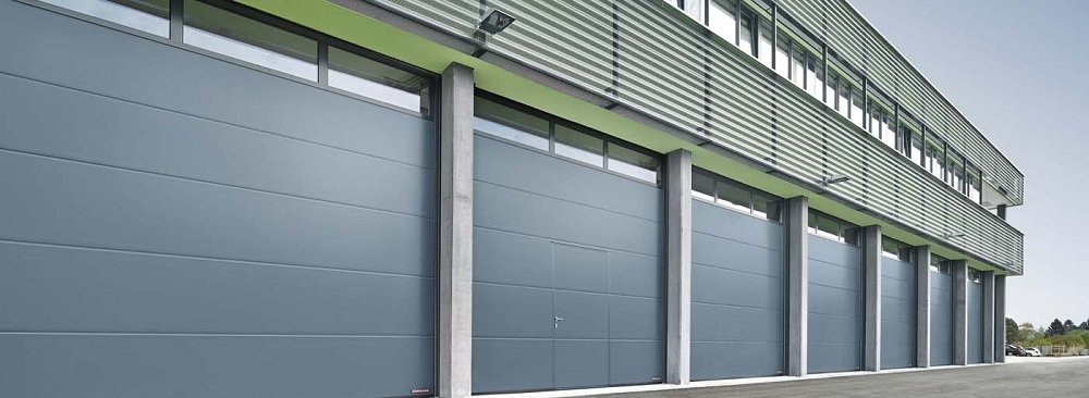 Промышленные секционные ворота Hörmann в Саратове - купить Промышленные секционные ворота Hörmann в Саратове прайс-лист цена 2020