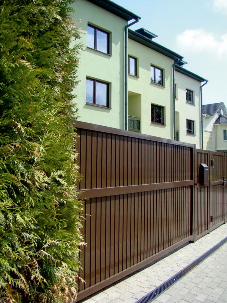 Уличные распашные ворота Alutech в Саратове - купить Уличные распашные ворота Alutech в Саратове прайс-лист цена 2018
